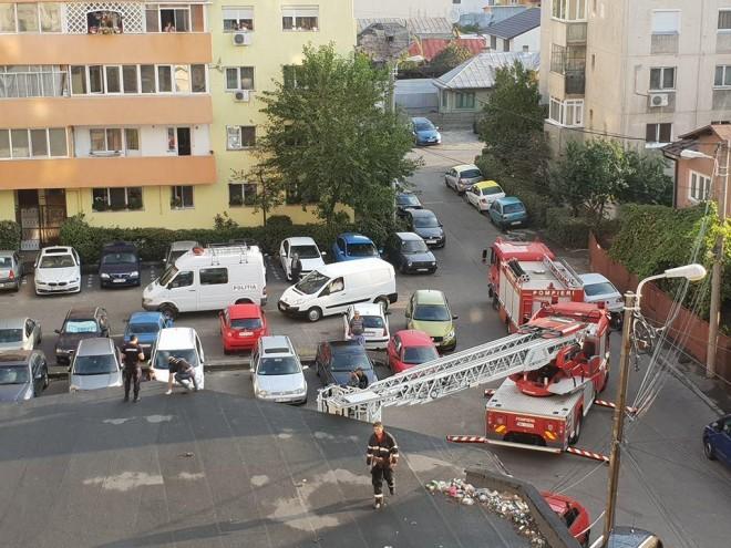 Sinucidere in Ploiesti. Un barbat s-a aruncat de la etajul 10, in Piata Mihai Viteazul