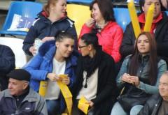 Top cele mai SEXI suporterite, la meciul România – Insulele Feroe GALERIE FOTO