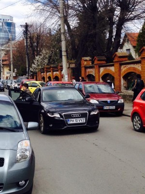 Ce mașini de fiță conduc elevii din Liceul Pedagogic din Ploiești GALERIE FOTO