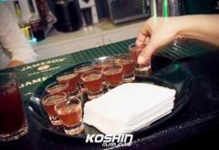 Avem dovada! Cum consumă minorii ALCOOL în clubul Koshin FOTO