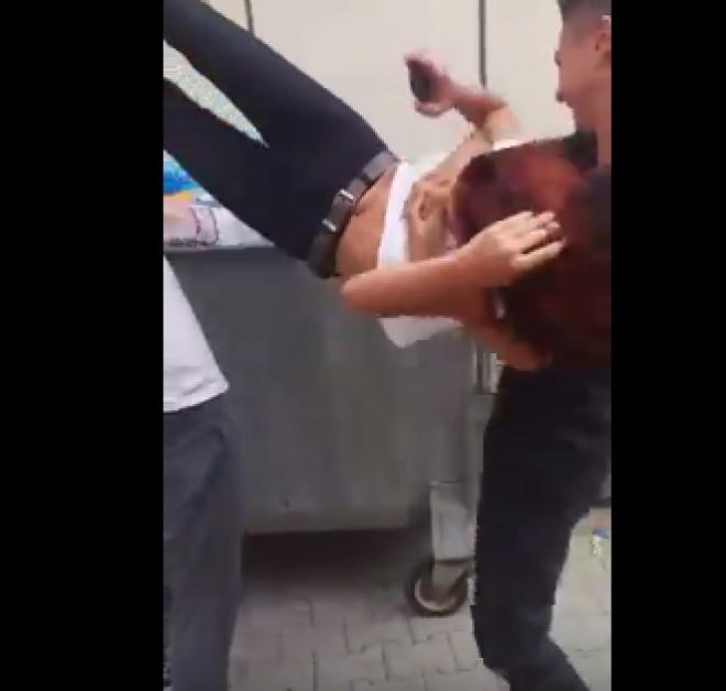 O elevă din Boldeşti Scăieni este aruncată de doi colegi bădărani într-o GHENĂ VIDEO