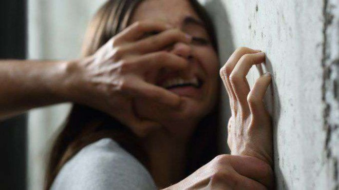 """Drama incredibilă a unei fete abuzată de familia ei de când avea 9 ani: """"Tata și fratele mă violau, iar mama nu mă credea"""""""