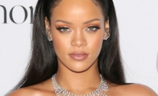 Rihanna este cea mai bogată cântăreață din lume: 'Nu m-am gândit niciodată că voi câştiga atât de mulţi bani'