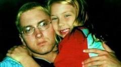 Eminem a tinut-o mereu ascunsa pe fiica lui de obiectivul aparatelor foto.  Cum arata frumoasa blonda la varsta de 18 ani