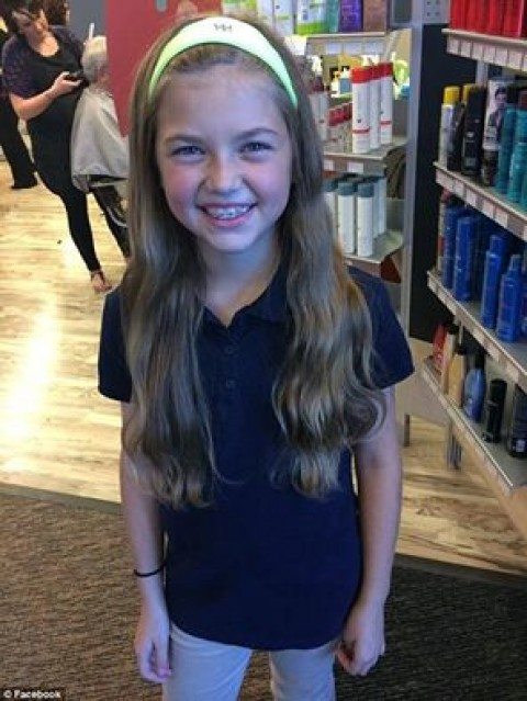 O fetiţă şi-a TĂIAT PĂRUL pentru a-l DONA bolnavilor de CANCER. Ce i s-a ÎNTÂMPLAT după este de NEIMAGINAT