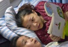 Un baietel a rugat-o pe mama lui sa il lase sa moara, apoi i-a salvat ei viata. Motivul pentru care a facut acest lucru i-a emotionat pe toti