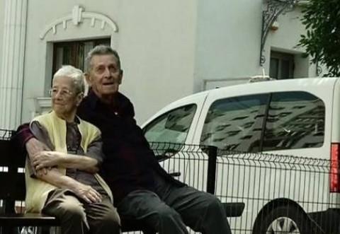 Au 90 de ani si au scris o poveste de dragoste asa cum multi viseaza! E incredibil de cati ani sunt impreuna si inca se mai iubesc ca in prima zi