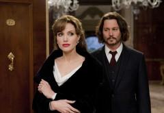 ANGELINA JOLIE a început o relaţie cu JOHNNY DEPP! Şi BRAD PITT s-a cuplat cu o vedetă de la Hollywood