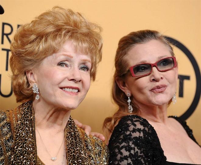 Ultimele cuvinte ale lui Debbie Reynolds, care a murit la o zi după fiica ei, actriţa Carrie Fisher: ''Mi-e atât de dor de ea, vreau să fim împreună''