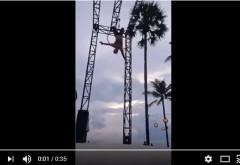 VIDEO SOCANT! O acrobată de 26 de ani şi-a rupt gâtul: Imaginile au şocat o lume întreagă / VIDEO