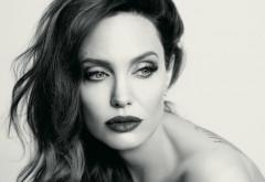Angelina Jolie, implicată într-o nouă relaţie după despărţirea de Brad Pitt. Cine este iubitul actriţei