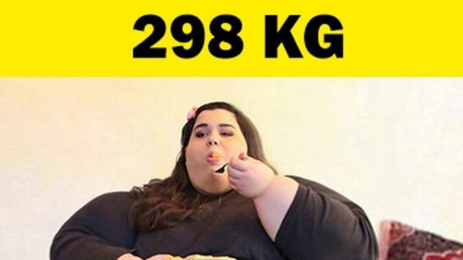Ajunsese la 298 de kilograme si nu se putea opri din mancat! Cu toate acestea, a reusit sa slabeasca aproape 200 de kilograme! Transformarea e radicala: cum arata femeia asta acum