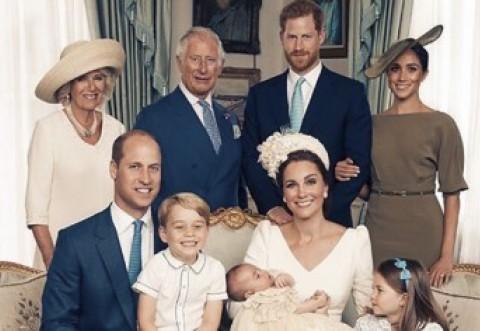 Primele portrete de familie cu William, Kate și cei trei copii! Detaliul șocant