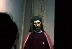 VIDEO SOCANT! O statuie cu Iisus si-a miscat ochii, in timp ce cativa crestini se rugau la ea! Momentul tulburator surprins pe camera video