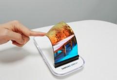 Gadgeturi pentru 2019. telefonul cu ecran flexibil și camere integrate în ecrane