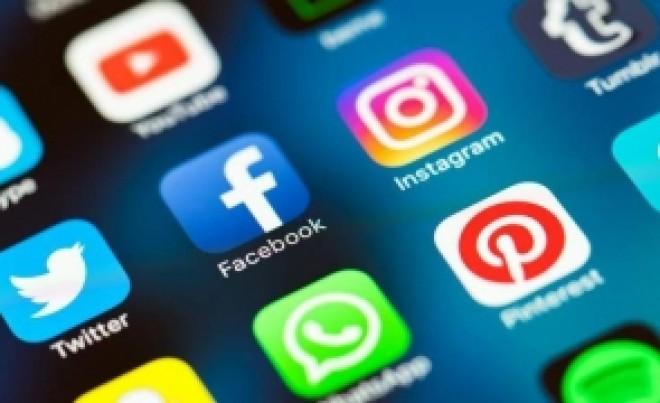 Alertă în Statele Unite şi Marea Britanie din cauza aplicației FaceApp: Ce spun polițiștii despre riscurile la care se expun utilizatorii