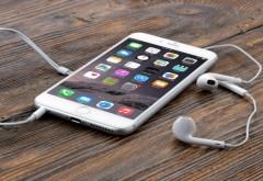 Apple a anuntat scaderea profiturilor anuale, pentru prima data in ultimii 15 ani. Vanzarea telefoanelor iPhone, in declin