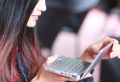 Cum arată cel mai mic laptop din lume