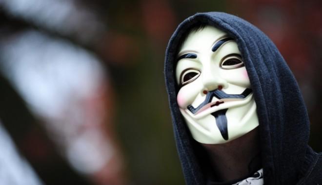 Într-un videoclip, Anonymous avertizează cu privire la începerea celui de Al Treilea Război Mondial - VIDEO
