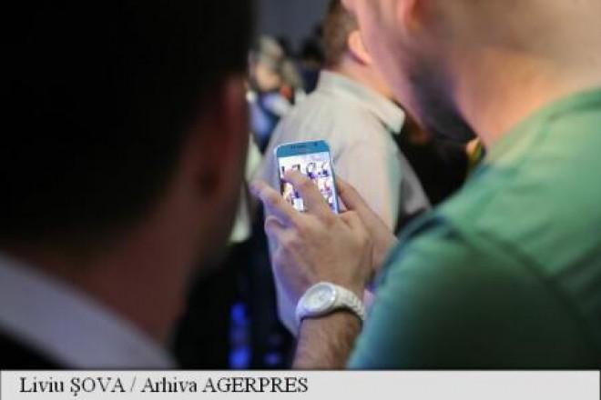 Românii accesează rețelele de socializare peste media europeană; Whatsapp și video-chat, printre preferințele utilizatorilor