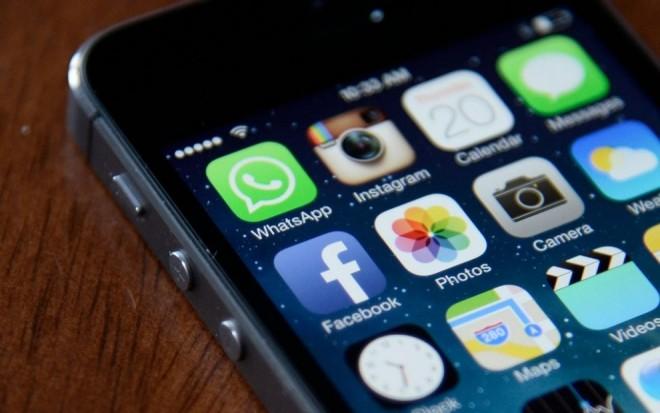 De ce NU este indicat să-ți lași telefonul la încărcat PESTE NOAPTE