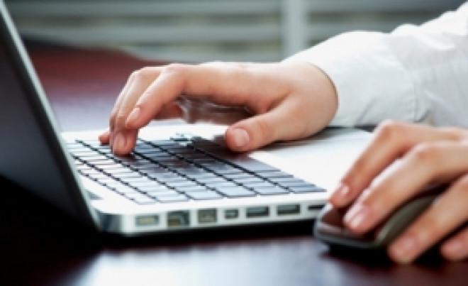 Descoperire ȘOC a unui cercetător: Ce ascund sute de laptopuri produse de un gigant IT