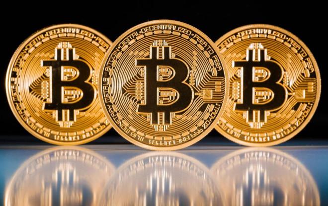 Angajaţii unei companii vor fi plătiți, de anul viitor, în bitcoin