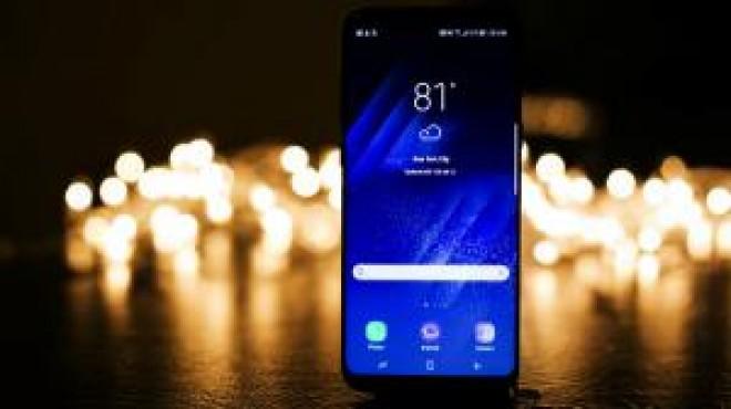 Samsung anunta lansarea telefonului imposibil de spart