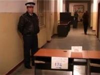 1.300 de politisti pazesc, la aceasta ora, sectiile de votare din Prahova