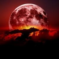 """Eclipsa TOTALA de luna, pe 15 aprilie. Vezi ce inseamna """"luna sangerie"""""""