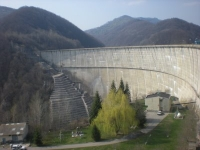 A inceput evacuarea barajului Paltinu. Risc de viitura pe raul Doftana!