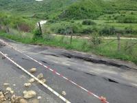 Consiliul Judetean si Prefectura Prahova solicita fonduri de la Guvern pentru localitatile afectate de alunecarile de teren