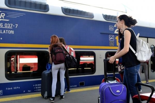 CFR Călători recomandă elevilor şi studenţilor să îşi achiziţioneze din timp abonamentele