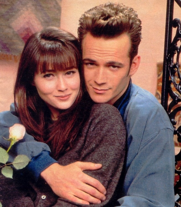 "Cum arată astăzi Brenda şi Dylan din ""Beverly Hills""  N-ai sa crezi..."