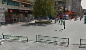 Magazinul Orange din centrul Ploiestiului a fost SPART DE HOTI!