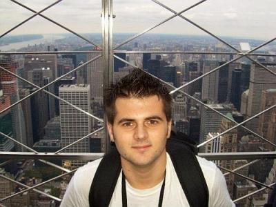 Nicu Mihai Achihaiei, de la IL Caragiale, la New York University