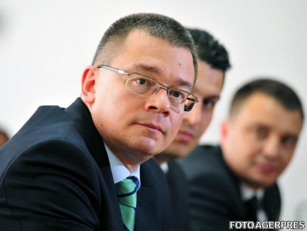 Mihai Razvan Ungureanu: Fragmentarea dreptei s-a petrecut, victoria PSD la alegerile din toamna e asigurata
