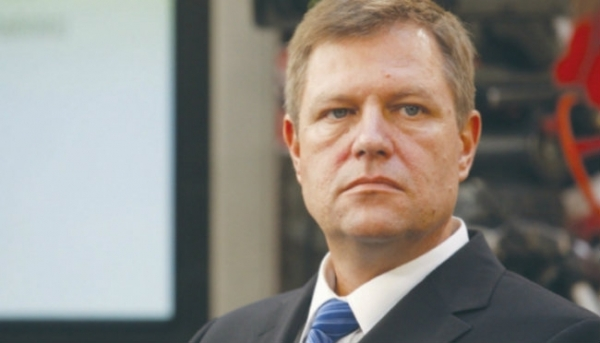Un nou val de demisii din PNL catre partidul lui Tariceanu, confirmat de Klaus Iohannis