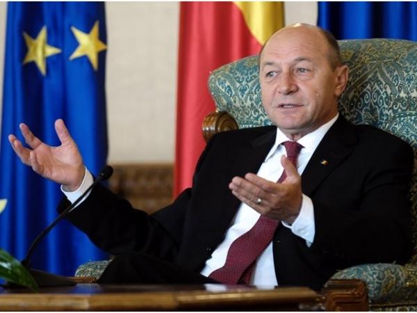 """Bilanțul după 10 ani de """"tras în țeapă"""". Care va fi următoarea victimă a lui Băsescu"""