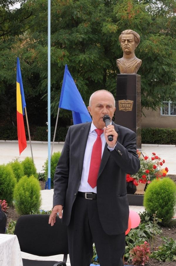 Mircea Cosma a dezvelit bustul lui Constantin Stere in Republica Moldova GALERIE FOTO