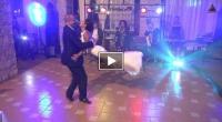 Primul dans de nunta al unor romani a devenit viral pe internet! Toata lumea vorbeste despre ei! Este cel mai tare dans al momentului