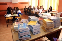 Manualele scolare GRATUITE au fost blocate. Se pregateste distribuirea celor contra cost