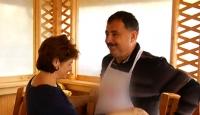 Mare bucatar... Deputatul prahovean Sorin Teju (PNL) se promoveaza la TV direct din bucataria de acasa