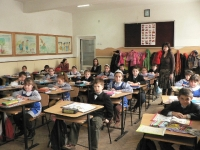 """Proiect naţional în şcolile din România: """"Ascultă 5 minute de muzică clasică"""""""