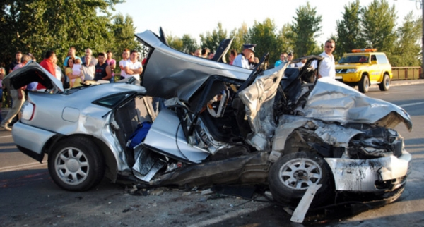 Accident grav la Azuga. Patru victime