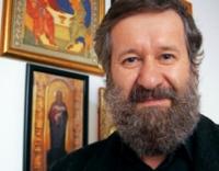 Ploiesteanul Mihai Coada s-a refugiat la mănăstirea Turnu şi cântă la slujbe