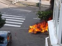 """Ghost Rider"", in centrul Ploiestiului! O motocicleta a explodat si a ars in intregime!"