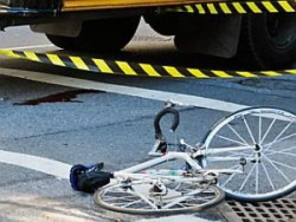 Patru accidente cu pietoni şi biciclişti într-o singură zi
