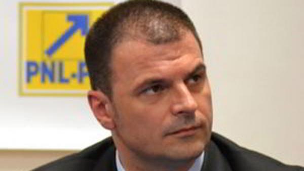 DICTATURA continuă în PNL Prahova