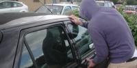 Un hot de masini din Ploiesti, prins in flagrant de politisti. Raspuns incredibil dat oamenilor legii
